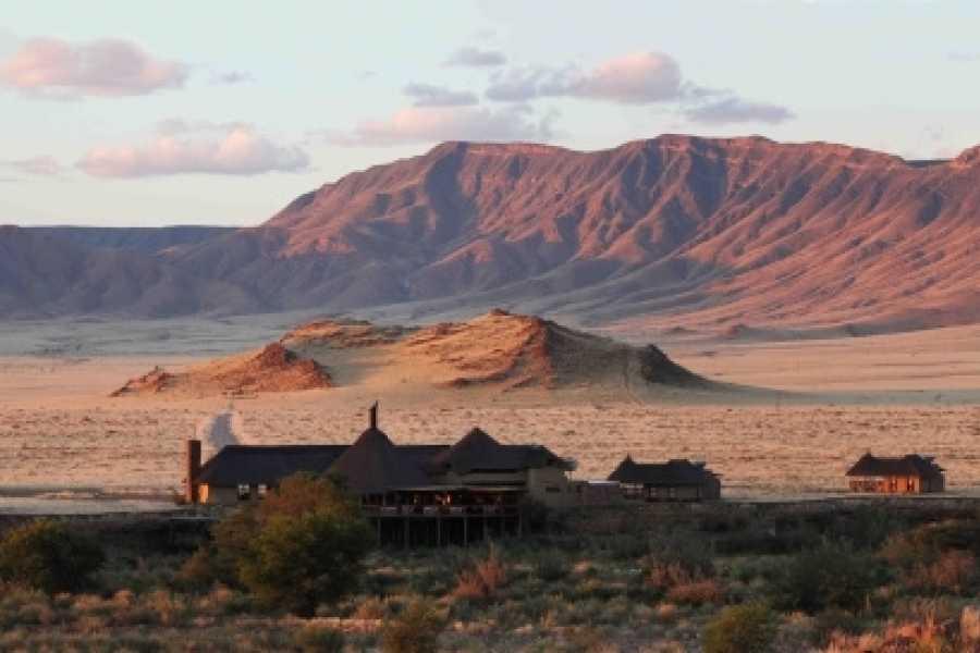 BOOKINGAFRICA.NET Sossusvlei - Hoodia Desert Lodge 3 nights