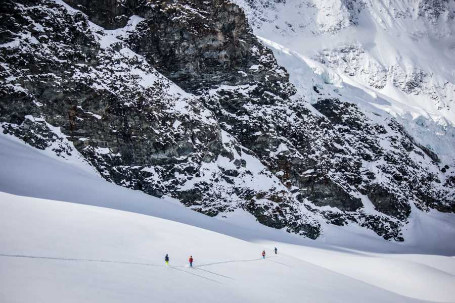Saas-Fee Guides Backcountry Experience