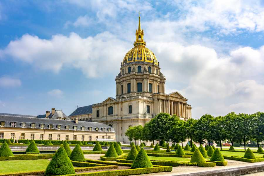 Memories France Napoleon and French Military History: The Invalides and Dome Church Semi-Private Tour
