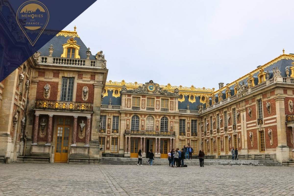 Memories DMC France Private Half-Day Tour of Versailles Palace & Gardens