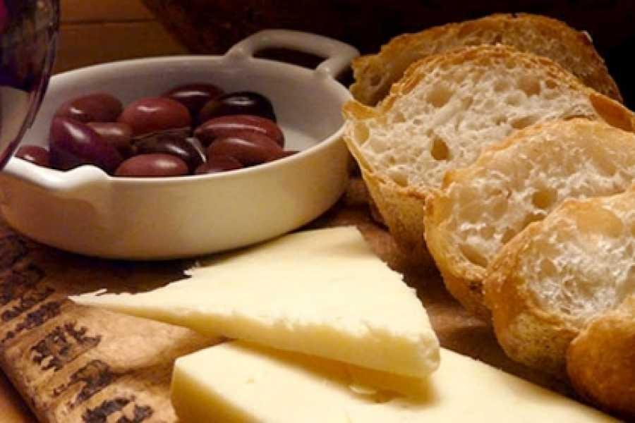 TRAVEL BEFORE Degustazione di vino e formaggi