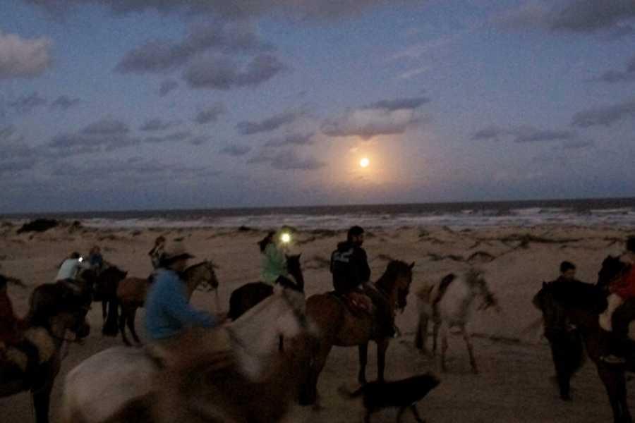 Cabalgatas Valiceras Full Moon trail ride