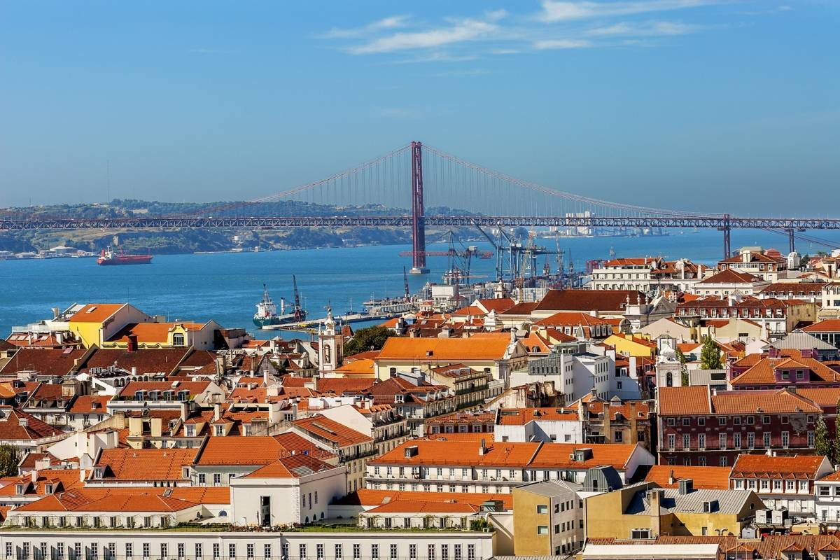Lisbon On Wheels Tour to Sintra and walking tour in Lisbon