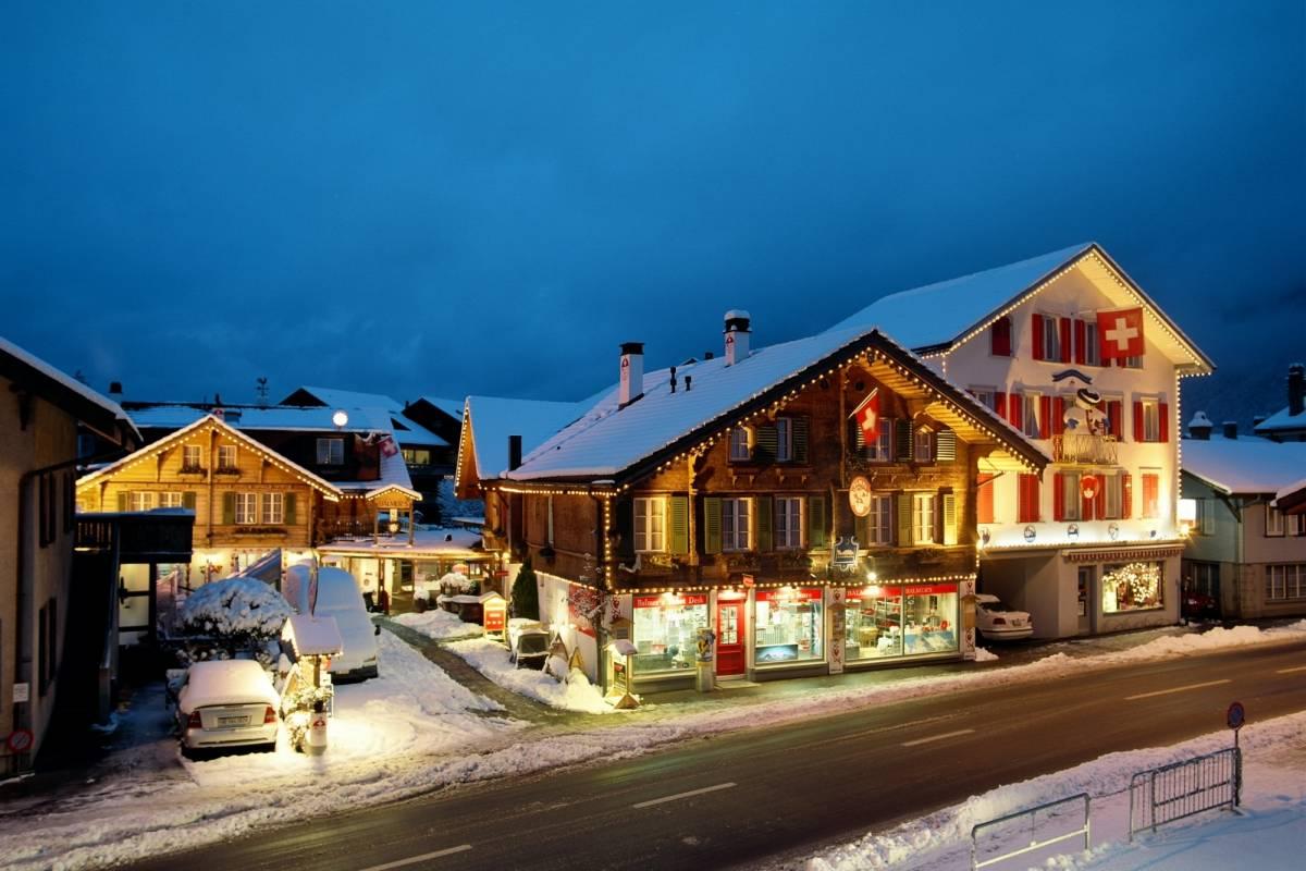Outdoor Interlaken AG Balmers Ski Package