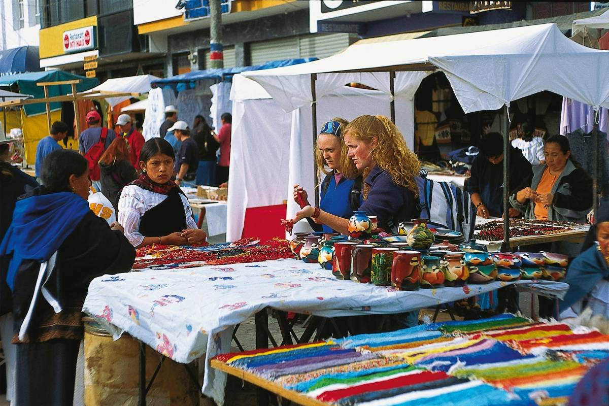 Gray Line Ecuador Sumerge into Ancestral Otavalo Culture (with lunch)