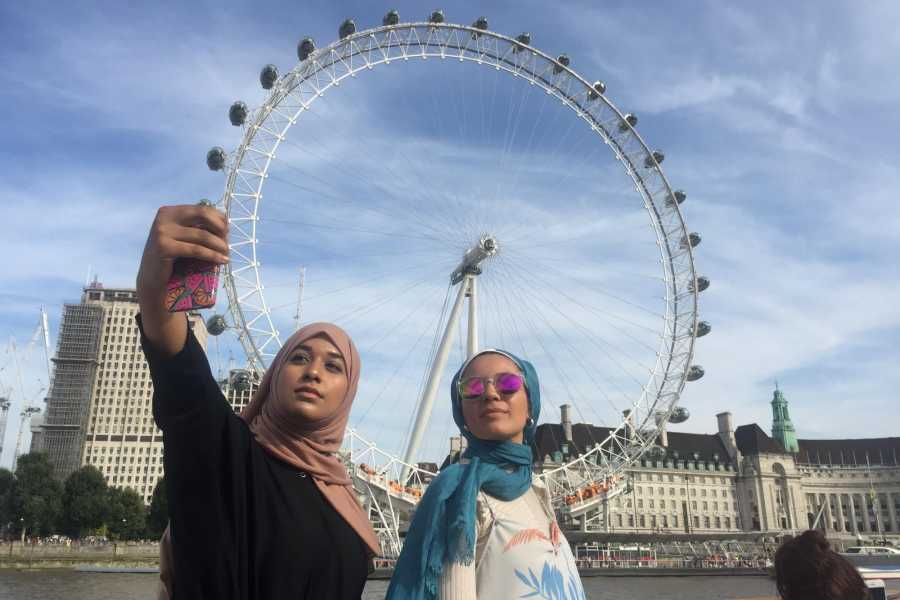 Halal Tourism Britain Sightseeing Cruise