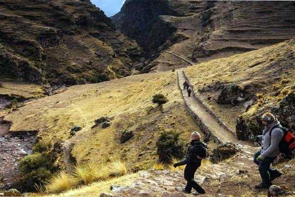 Conde Travel Huchuy Qosqo Trek (2D/1N)