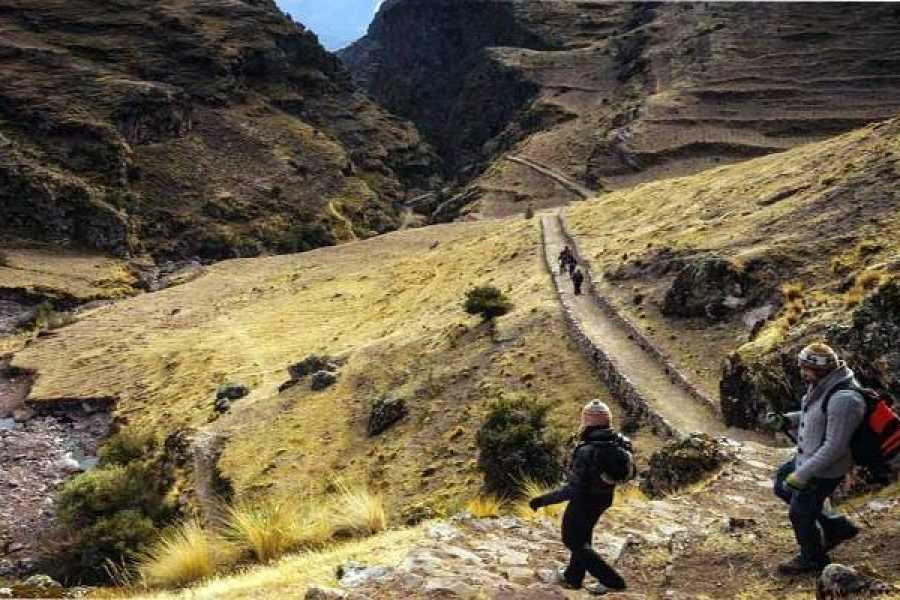 Conde Travel Huchuy Qosqo 2D/1N