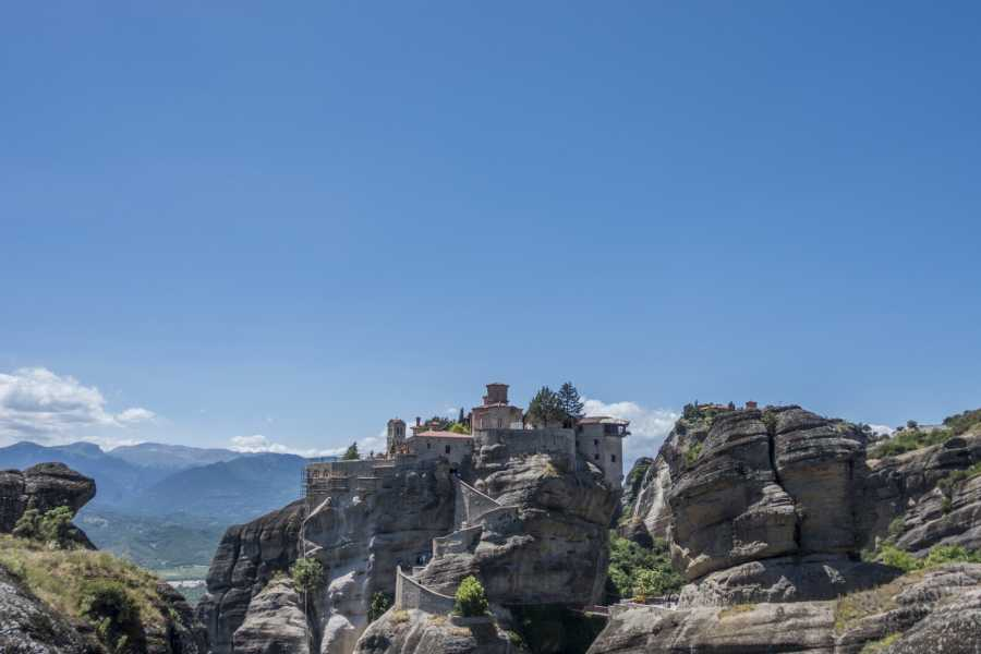 Visit Meteora 3 Days/2 Nights Tour from Athens to Meteora and Delphi