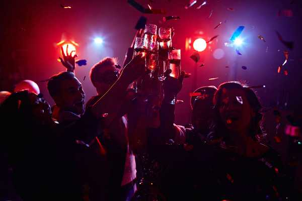 SANDEMANs NEW Edinburgh Tours Edinburgh New Year's Eve Warm Up Party