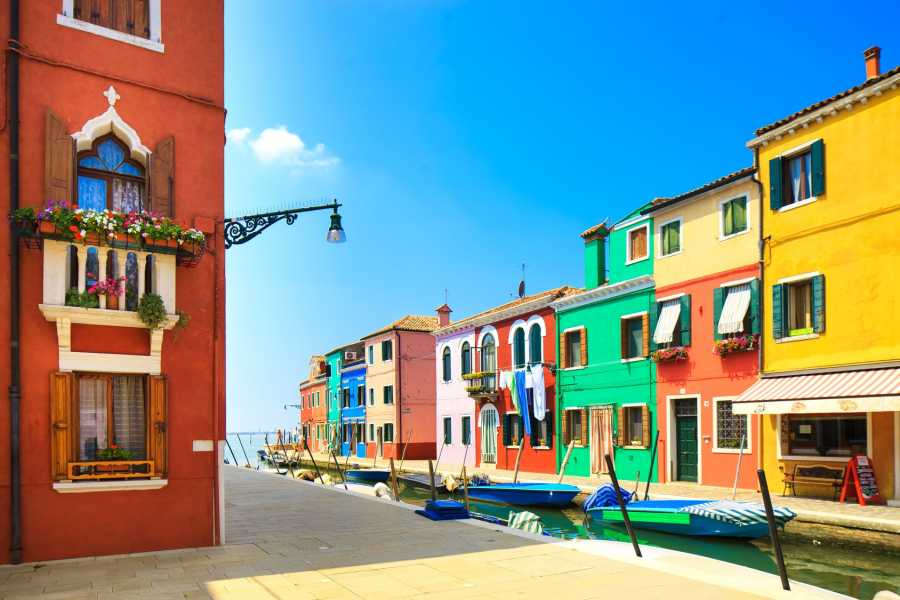 Venice Tours srl Discovering the Gems of the Lagoon - The Islands of MURANO & BURANO