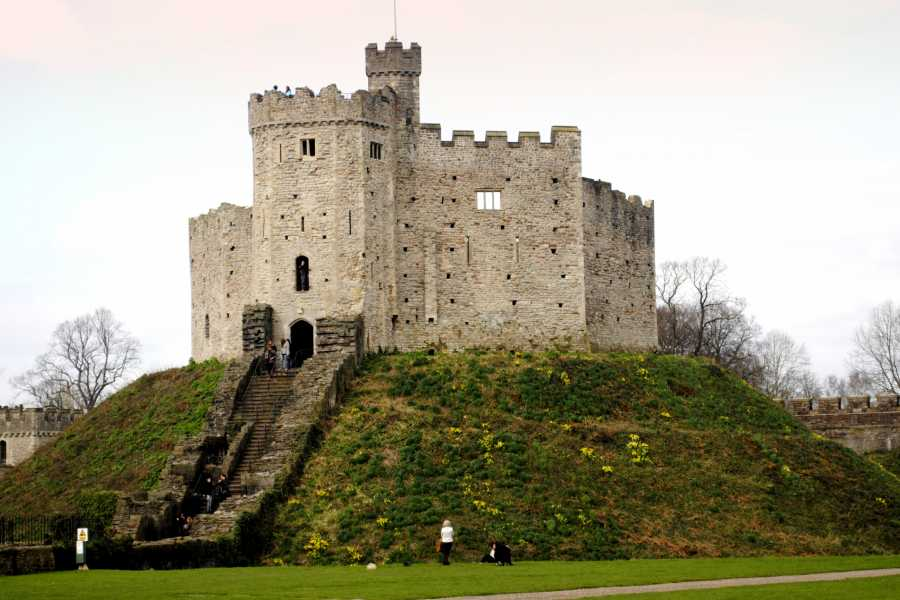Cambria Tours Castles, Coast and Celts