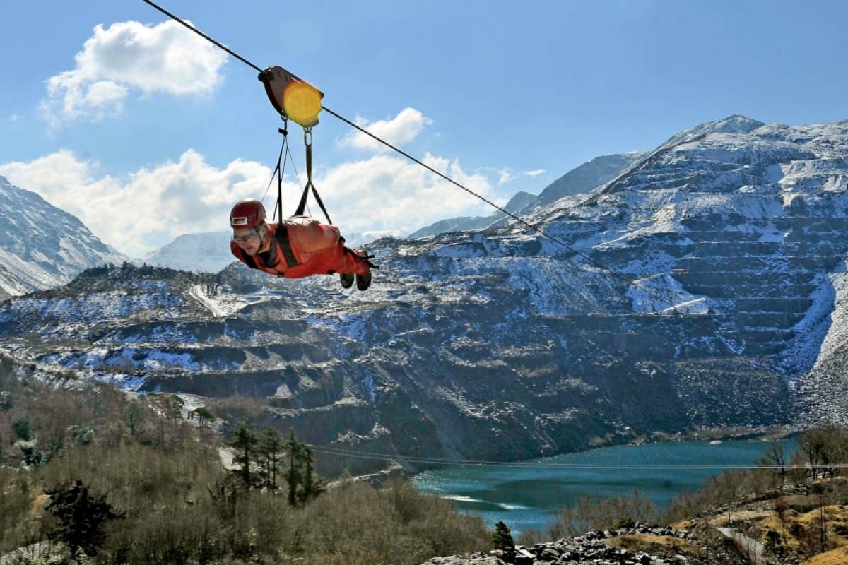 Cambria Tours Zipworld Adventure in North Wales