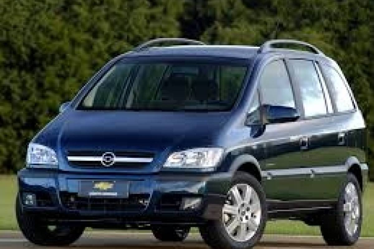 Check Point Alquiler Vans y Mini-Vans - Chevrolet Zafira