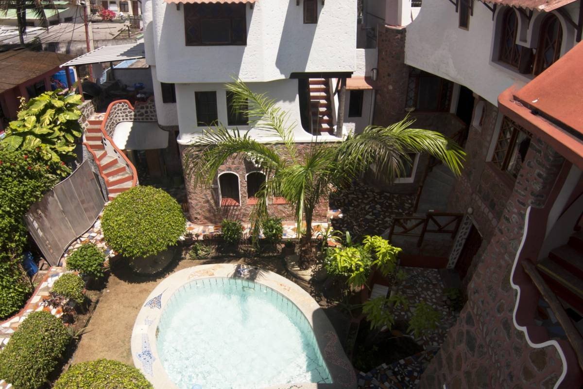 Gray Line Ecuador Maidith White Cove Hotel - Sup. Tourist 3***S