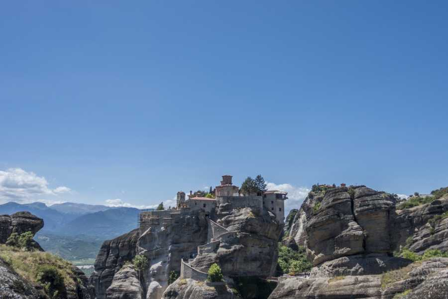 Visit Meteora 2 Days/1 Night Tour from Athens to Meteora and Delphi