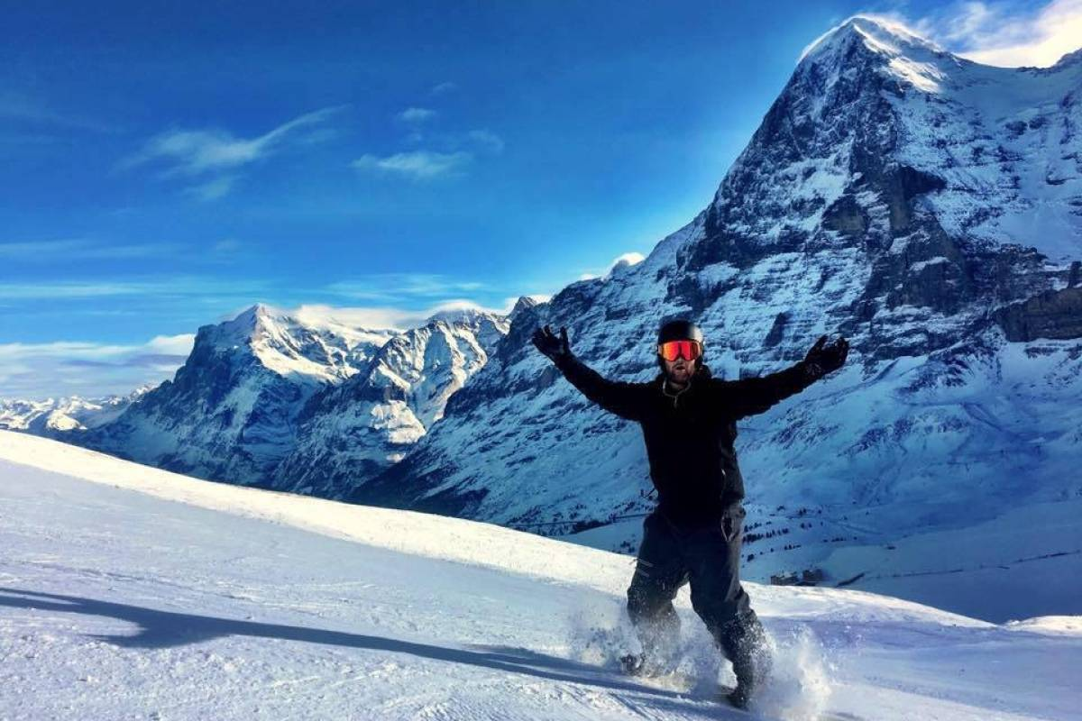 4.0 Tours 1 Day Ski Package