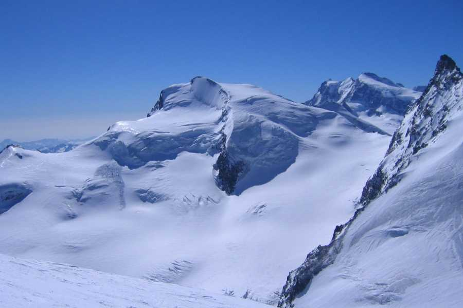 Saas-Fee Guides Strahlhorn ab Britanniahütte