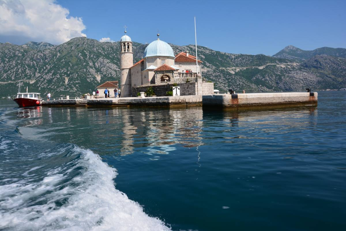 MH Travel Agency PRIVATE SHORE TOUR KOTOR-PERAST