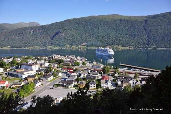 FRAM One way trip Molde - Åndalsnes