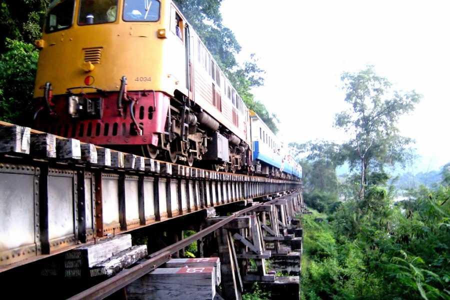 AMICI MIEI PHUKET TRAVEL AGENCY KANCHANABURI: RIVER KWAI BRIDGE AND ITS SPOTS AM037