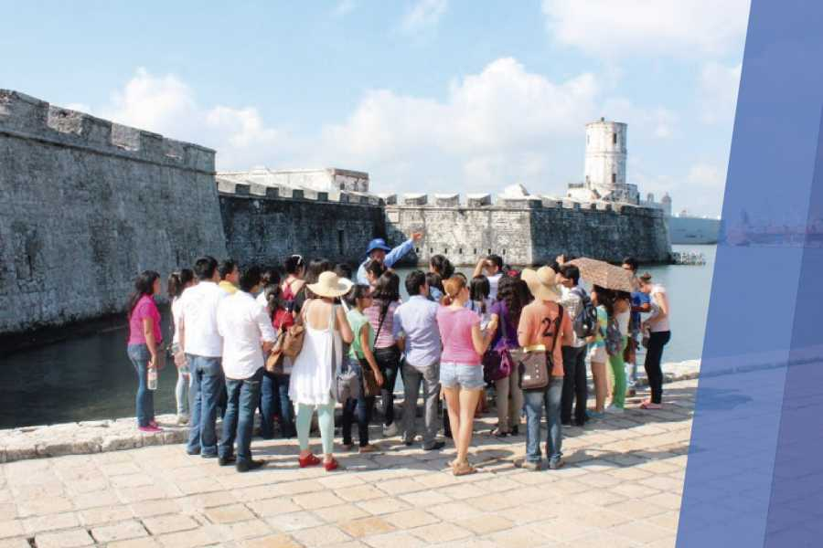 Tours y Tickets Operador Turístico Private tour guide.