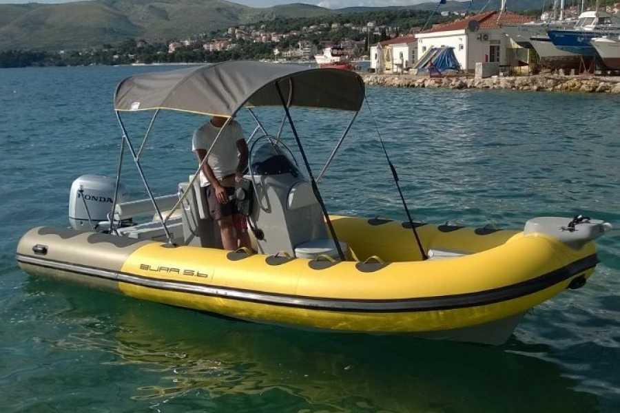 "Travel Agency"" South Tours"" SPEED BOAT: BURA 560 FROM SPLIT"