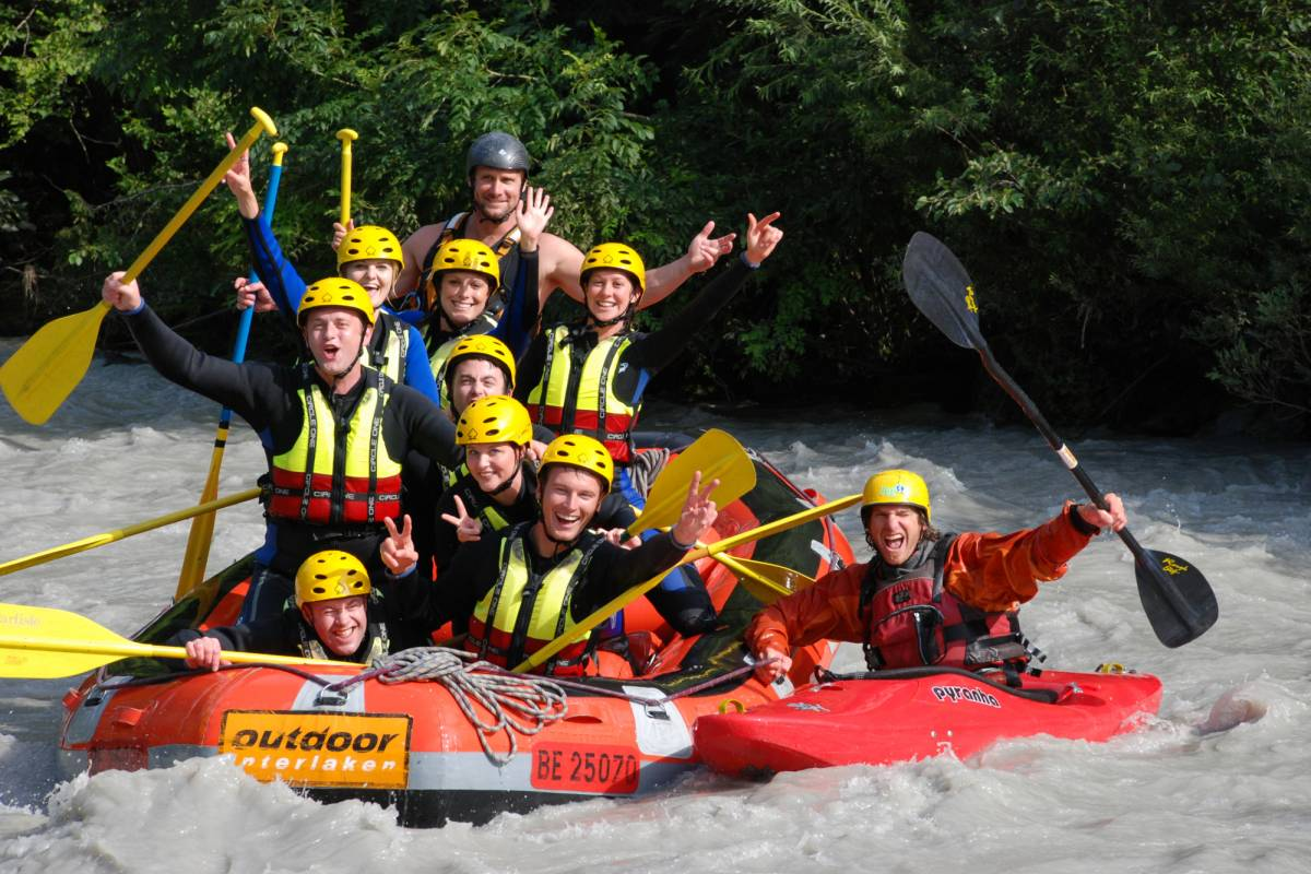 Best of Switzerland Tours Rafting in Interlaken