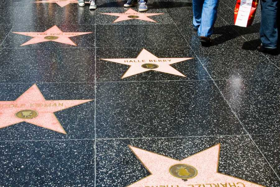 Dream Vacation Builders (H1) Hollywood Walk of Fame Self-Guided Tour + Round Trip Transfer
