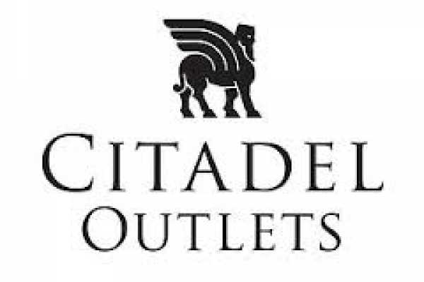 Dream Vacation Builders Round Trip Transfer to Citadel Outlets
