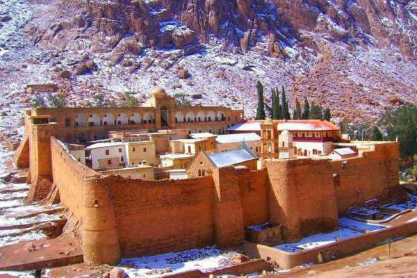 EMO TOURS EGYPT 2 Days 1 Nights Tour package to Saint-Catherine from Cairo