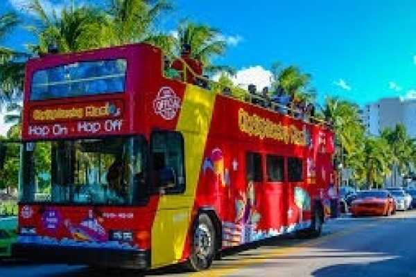Dream Vacation Builders Hop-On Hop-Off 24 Hour Pass Los Angeles