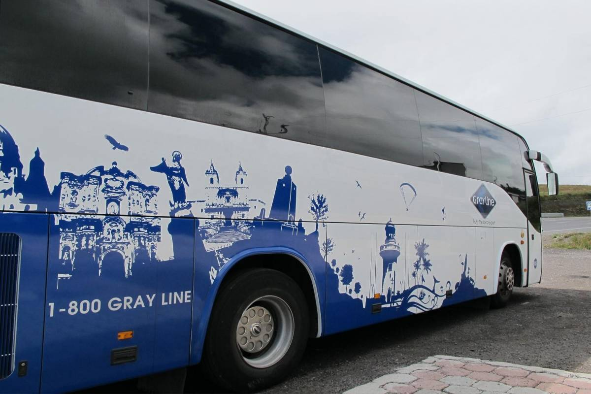 Gray Line Ecuador Quito Airport Express - Transfer Quito Hotel / Airport - Shared