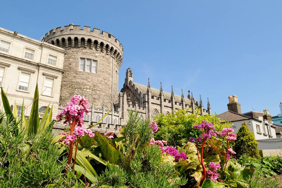 SANDEMANs NEW Dublin Tours Appetiser Private City Tour