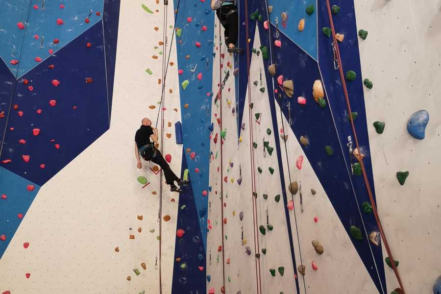 Norsk Tindesenter Beginners Climbing Course