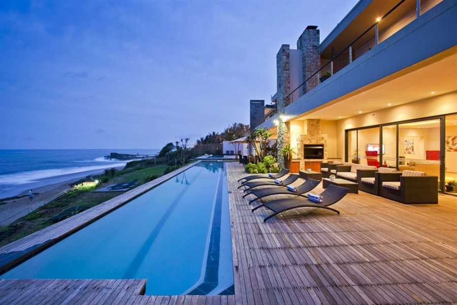 BOOKINGAFRICA.NET Durban - Canelands Beach Club 3 nights