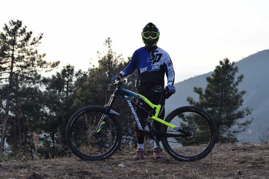 Camperbusiness Puro enduro bike