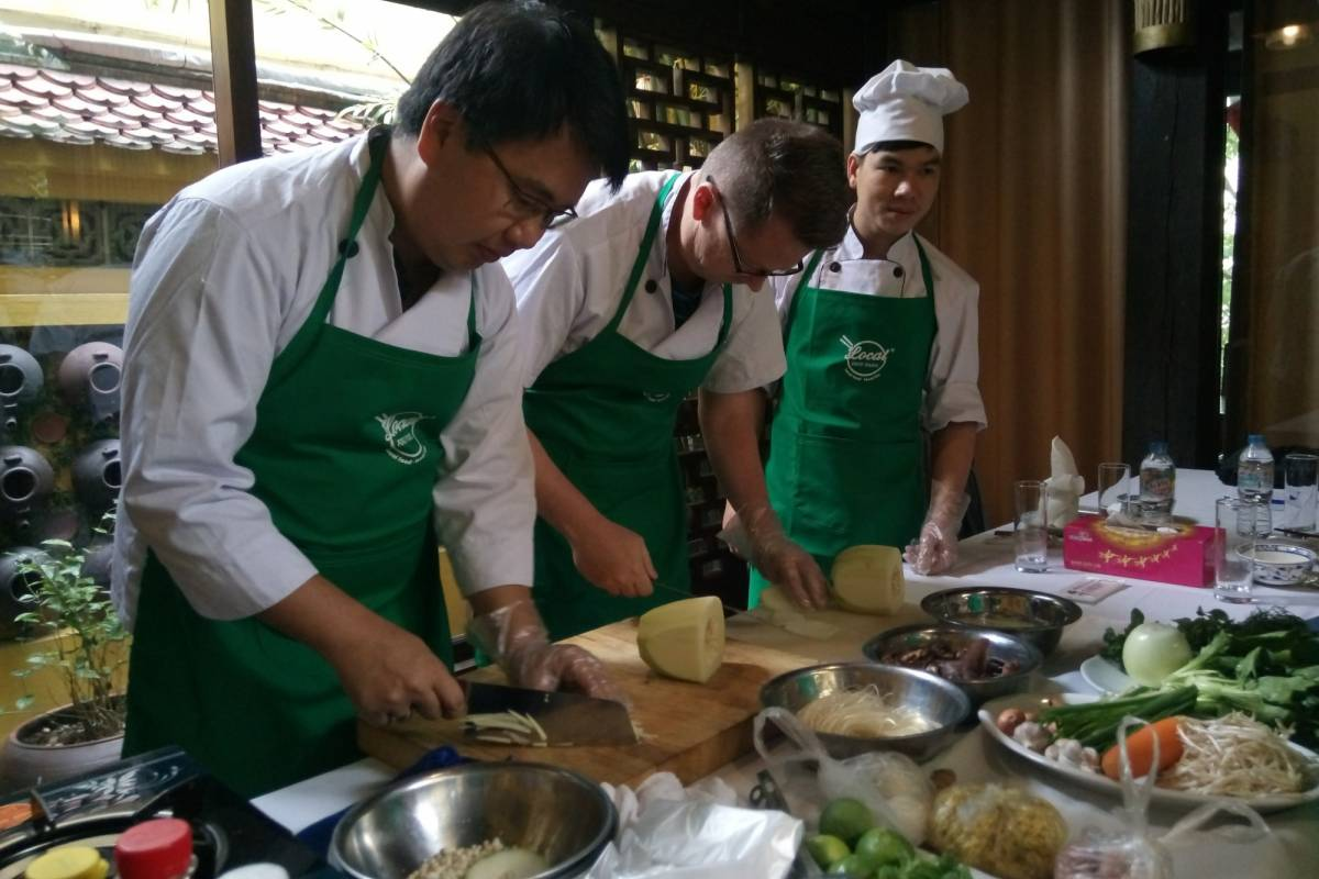 OCEAN TOURS COOKING CLASSES (Half day)