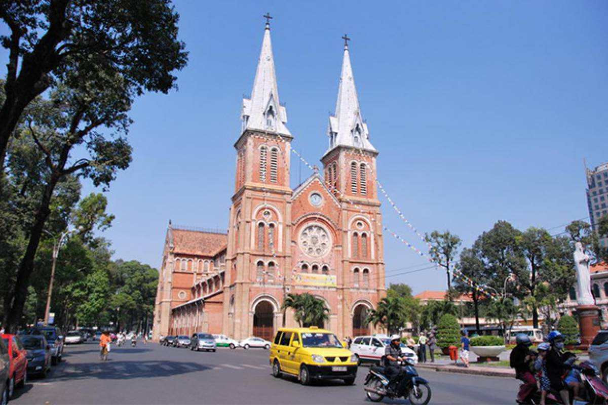 Viet Ventures Co., Ltd Ho Chi Minh City full day tour with lunch