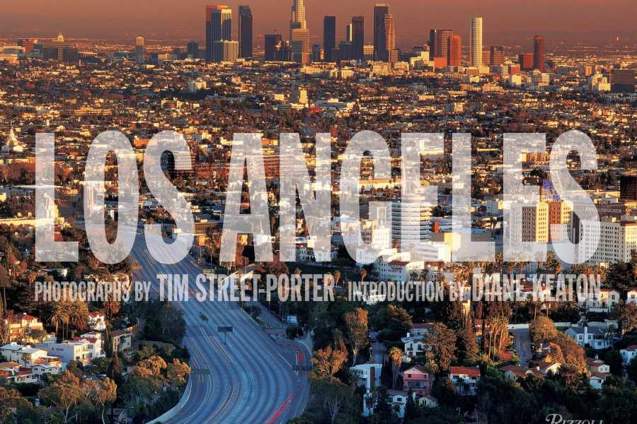 America On Bus 3- Day Los Angeles City Tour & Knott's Berry Farm with Airport Transfer