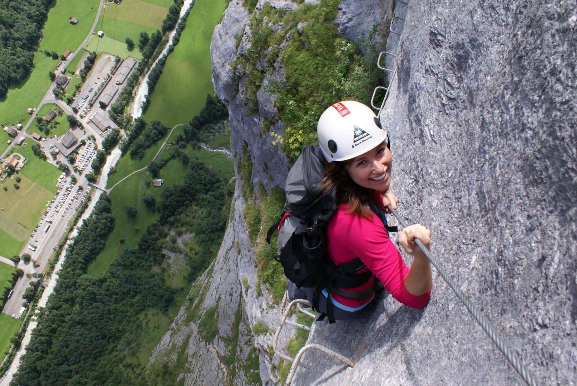 Klettersteig Switzerland : Klettersteig mürren paragliding interlaken
