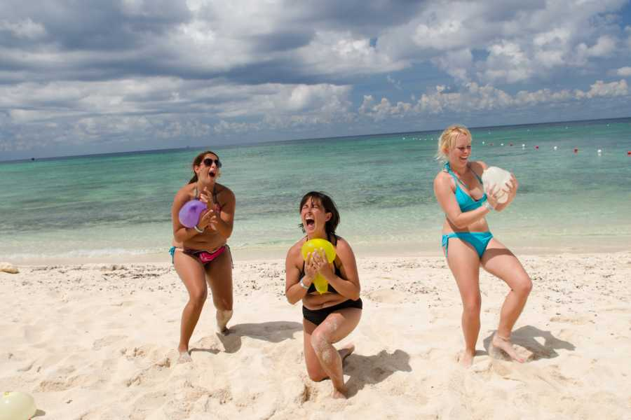 Cancun Vacation Experts DAY PASS EN PLAYA MÍA
