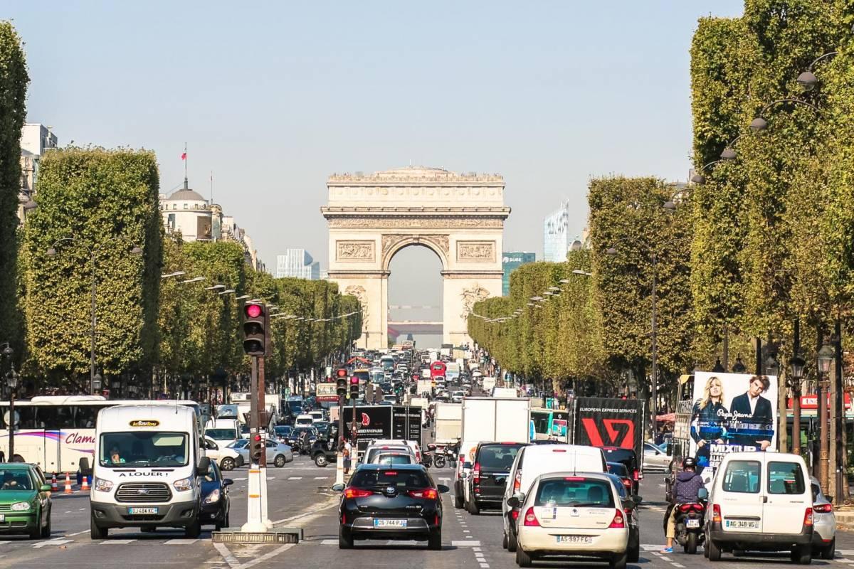 Memories DMC France One way Paris City Transfer