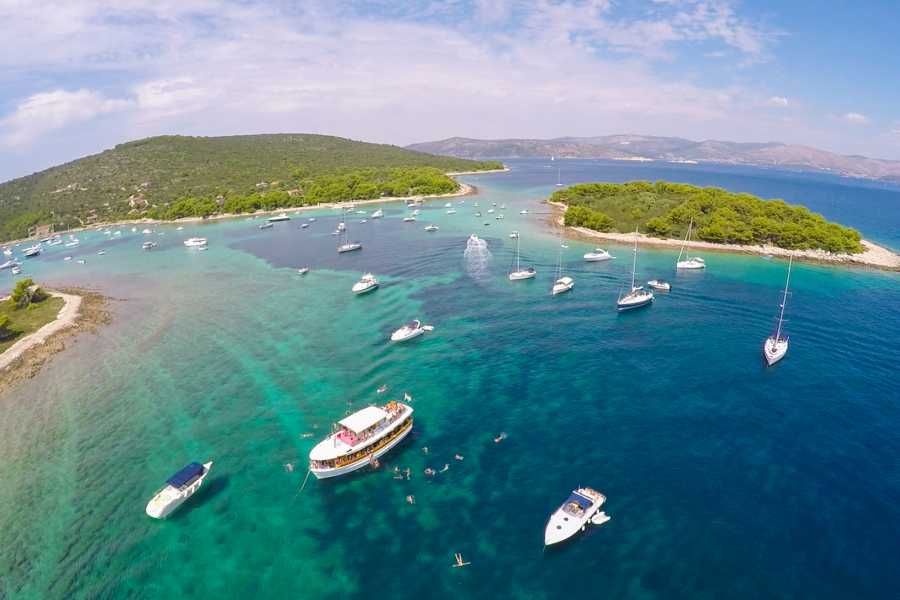"Travel Agency"" South Tours"" SPEEDBOAT TRIP TO THE BLUE LAGOON FROM SPLIT OR TROGIR"