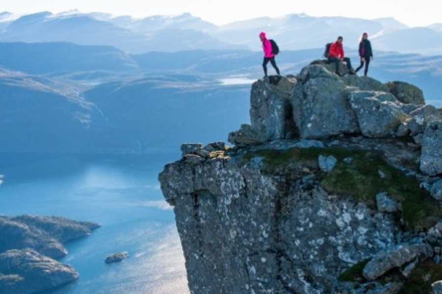 Norway Adventures Hiking the Fjords in 7 days from 2 bases