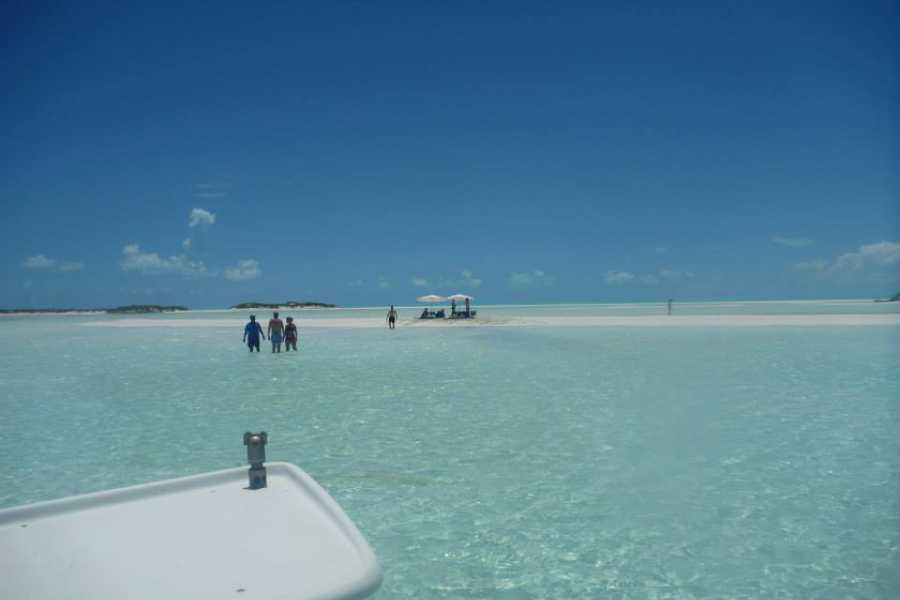 Annie's Car Rental Exuma - Sandy Cay: Full Day Charter: TJ's Boating Activities