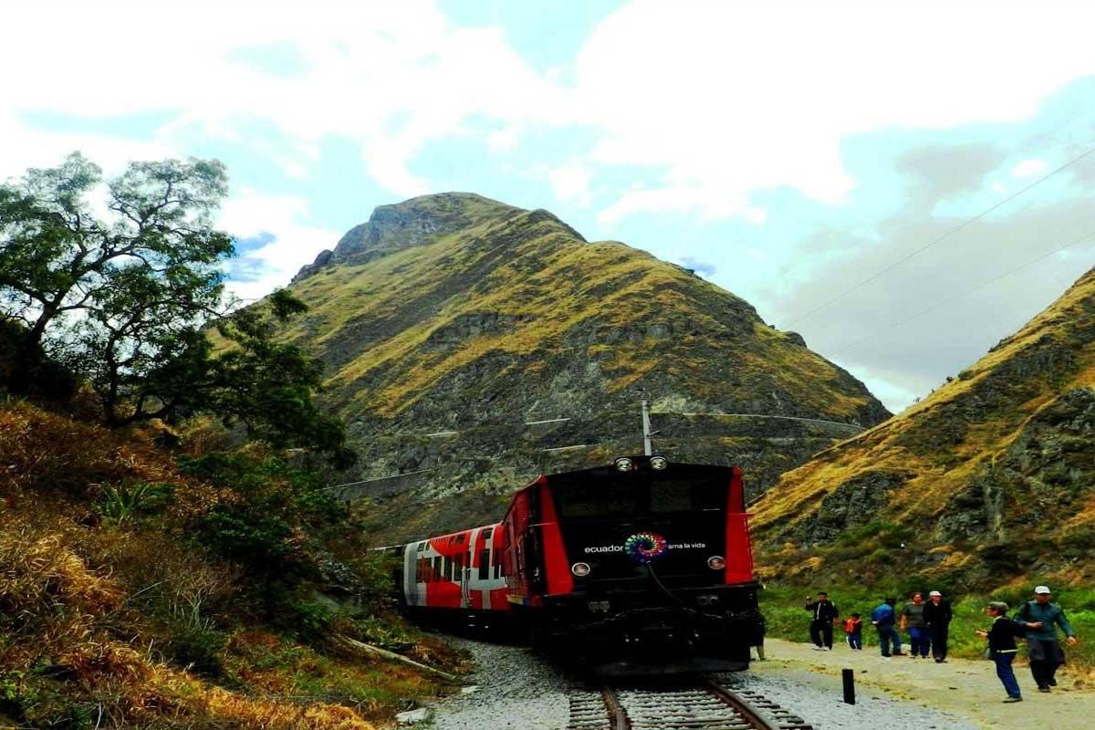 Gray Line Ecuador Ecuador Express