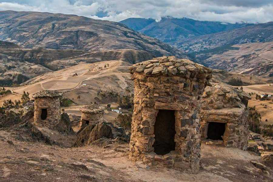 Conde Travel Sacred Valley Biking Tour from Cusco