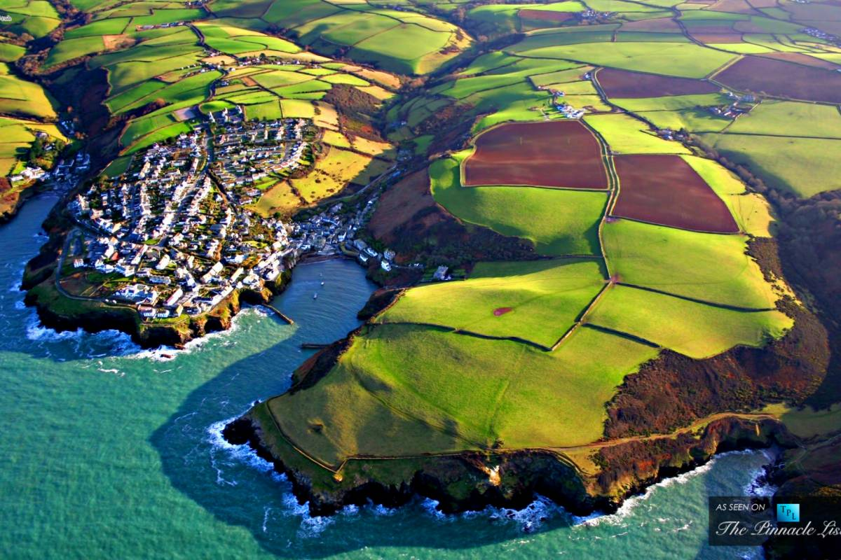 Oates Travel St Ives PADSTOW & PORT ISAAC