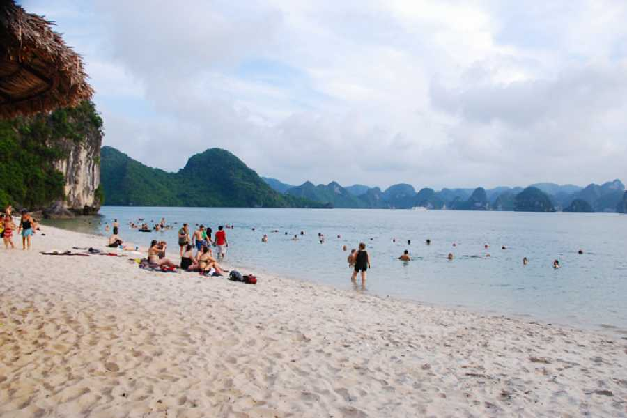 Viet Ventures Co., Ltd Vietnam Express 5 Jours 4 Nuits
